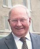 Robert Carrier, tête-à-épaules